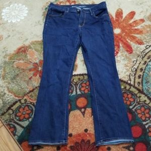 Med. Wash curvy mid-rise Old Navy Jeans